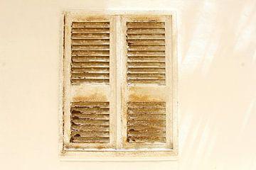 Oude deuren, Italië van Inge Hogenbijl