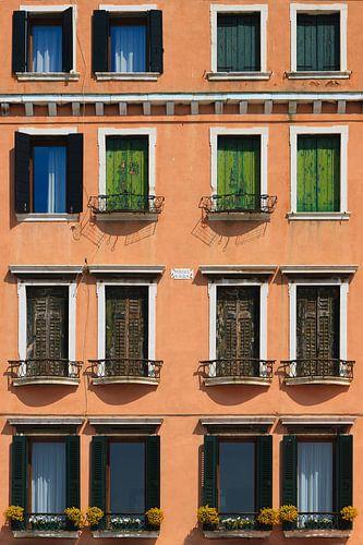 Windows in Venice van Henk Meijer Photography
