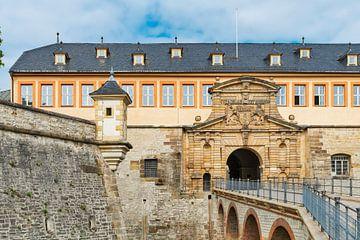 Kommandantenhaus mit Peterstor in Erfurt von Gunter Kirsch
