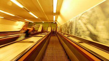 Rotterdam Maastunnel warp speed van R. Khoenie