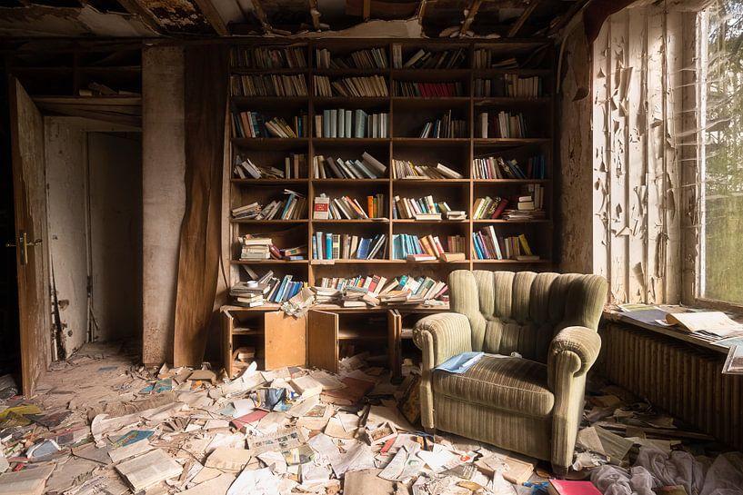 Verlassene Lesesaal. von Roman Robroek