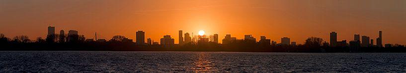 Panorama zonsondergang Kralingse Plas Rotterdam van Anton de Zeeuw