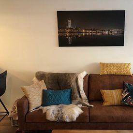 Photo de nos clients: Skyline Deventer by night sur Hans Brasz, sur toile
