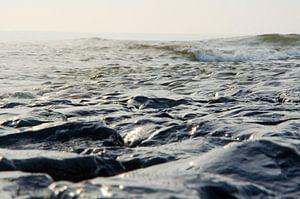 Wellen der Nordsee von Ron van der Meer