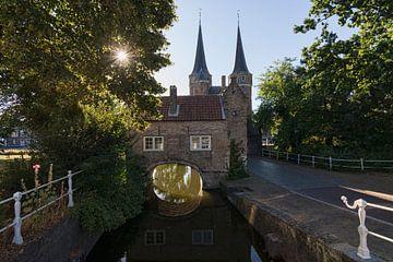 De Oostpoort in Delft van Charlene van Koesveld