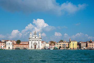 Blick auf historische Gebäude in Venedig von Rico Ködder