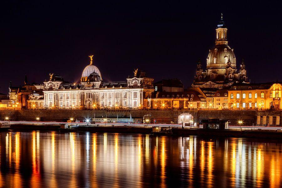 Dresden bei Nacht van Daniela Beyer