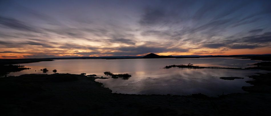 Hemelse zonsondergang in IJsland