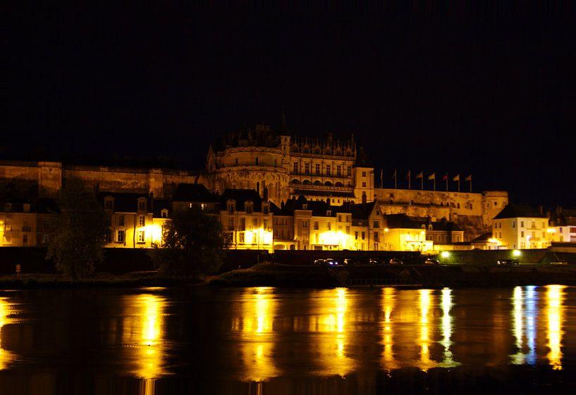 Kasteel Amboise by night van Marcel Boelens