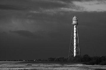 Leuchtturm in Schwarzweiß von Rolf Pötsch