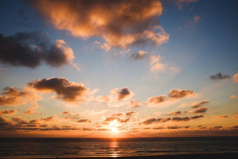 Zonsondergang Ameland van Nico van der Vorm