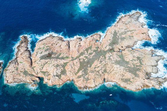 Love eiland voor de kust van Sardinië
