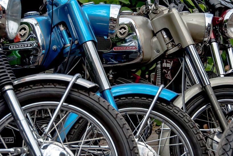 Oldtimer Zündapp brommers (kleur) van 2BHAPPY4EVER.com photography & digital art