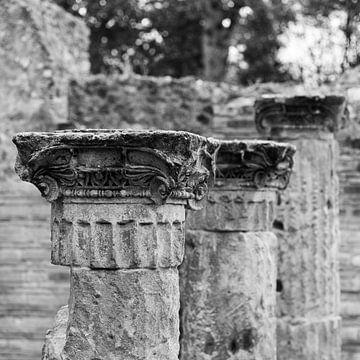 Alte Säulen in Pompeji 2 von Chantal Koster