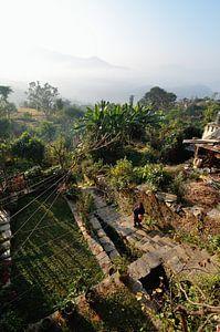 Ochtendwandeling door de wolken (Bandipur Nepal) van