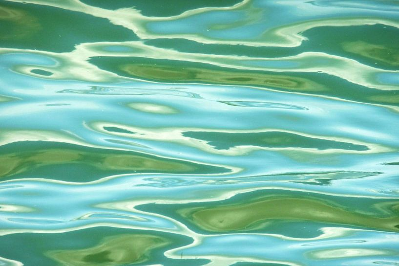 Golvend water van Lex Boon