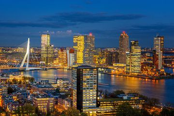 Rotterdam Skyline  van Sander Peters Fotografie