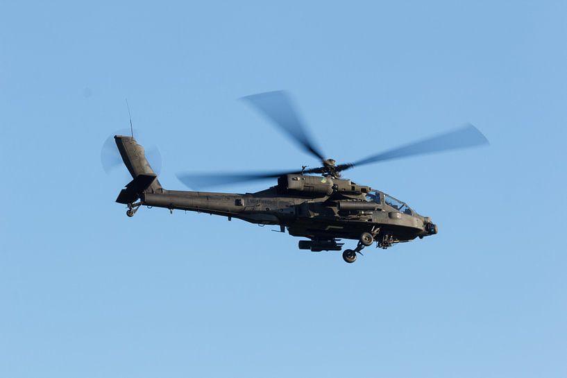 AH-64 Apache helikopter van Arjan van de Logt