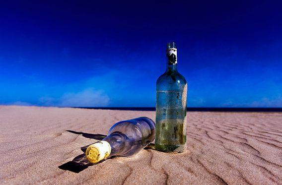 Flessen op het strand......