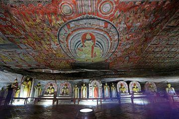 Muurschilderingen in de gouden rotstempel van Dambulla van