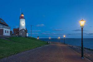 Blauwe uur van bij de vuurtoren van Urk (Flevoland)