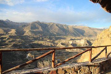 Bergen in Peru von Rob Hansum