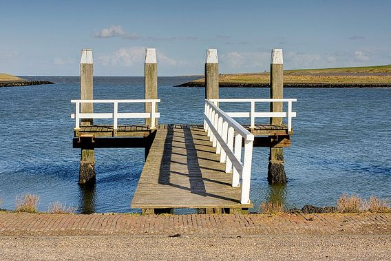 Friesland / Afsluitdijk / Pier bij haventje Breezanddijk / 2009