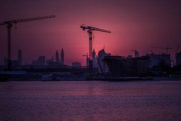 Dubai creek sunset van Leanne lovink