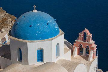 Dôme bleu sur Santorin sur Angelika Stern