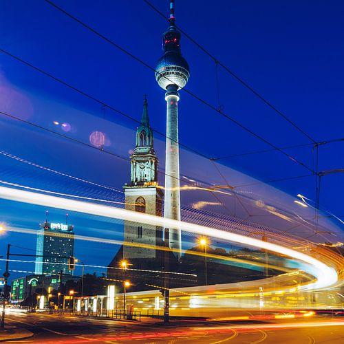 Berlin – TV Tower / St. Mary's Church van Alexander Voss