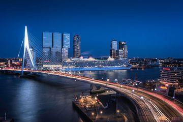 P&O Brittania in Rotterdam von Anthony Malefijt