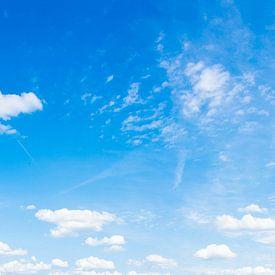 Panorama uit de blauwe lucht van Günter Albers