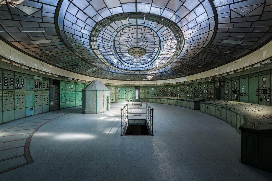 Art Deco Control Room van David Van Bael