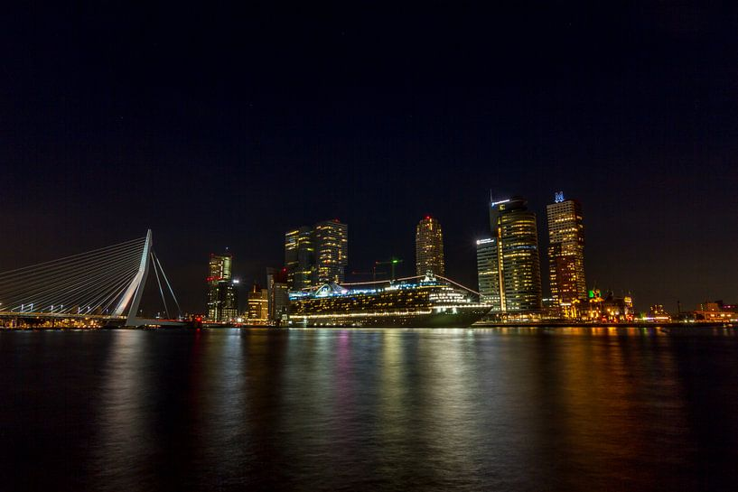 Caribbean Princess in Rotterdam van Eus Driessen