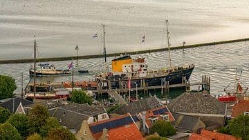 Historic tugboat Holland sur