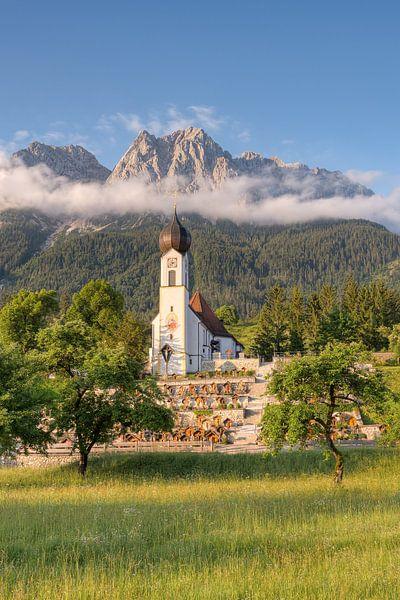 Ochtend in Grainau in Beieren van Michael Valjak