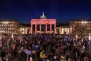 La Porte de Brandebourg de Berlin sous un éclairage particulier