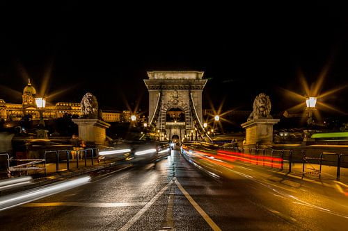 Kettingbrug in Boedapest Hongarije van Celina Dorrestein