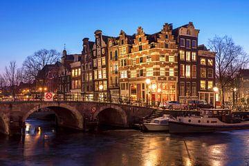 Amsterdam Brouwersgracht winter van Jeroen van Rooijen