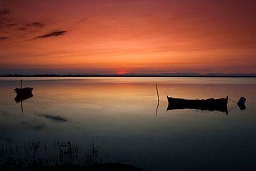 Zonsondergang bij het meer von Marcel van der Voet
