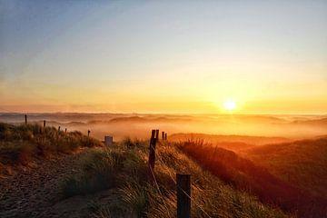 Sonnenaufgang Castricum aan Zee von Shirley Douwstra