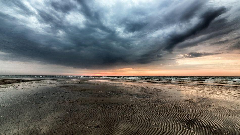 Terschelling strand van Contrast inBeeld