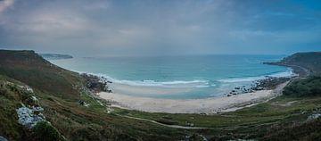 Surfers langs de kust van Zuid-West-Engeland