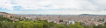 Barcelona panorama vanuit Tibidabo van Michel Geluk
