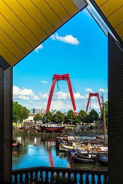 Schöner Stadtfoto, Blick durch Rotterdam von Helga van de Kar