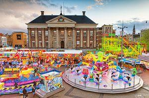 Meikermis op de Grote Markt  in de stad Groningen