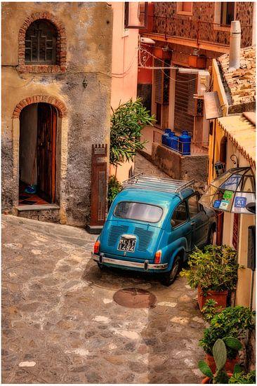Taurmina Sicilia italie fiat 500 in italiaans dorp fotoposter of  wanddecoratie