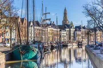 Schiffe und alte Häuser in Groningen von Marc Venema