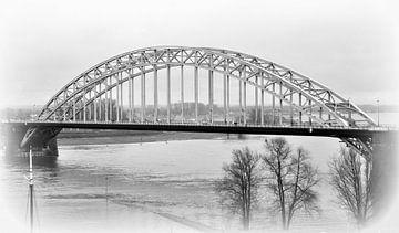 waalbrug nijmegen anno 2015 van Groothuizen Foto Art