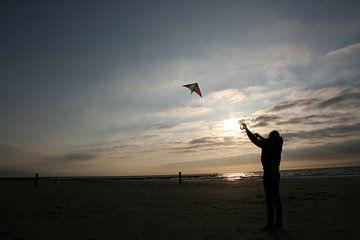 Vliegeren in de avond sur Toekie -Art